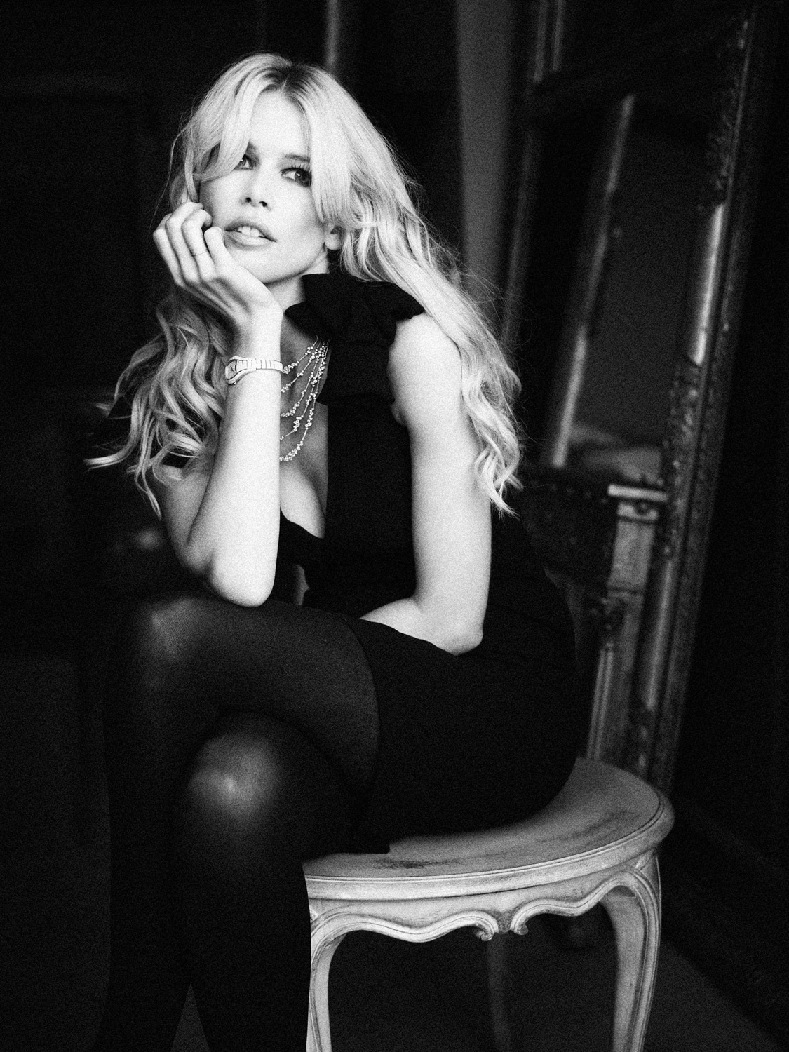 CLAUDIA SCHIFFER PHOTOGRAPHED AT CARTON HOUSE FOR PAUL SHEERAN JEWELERS.